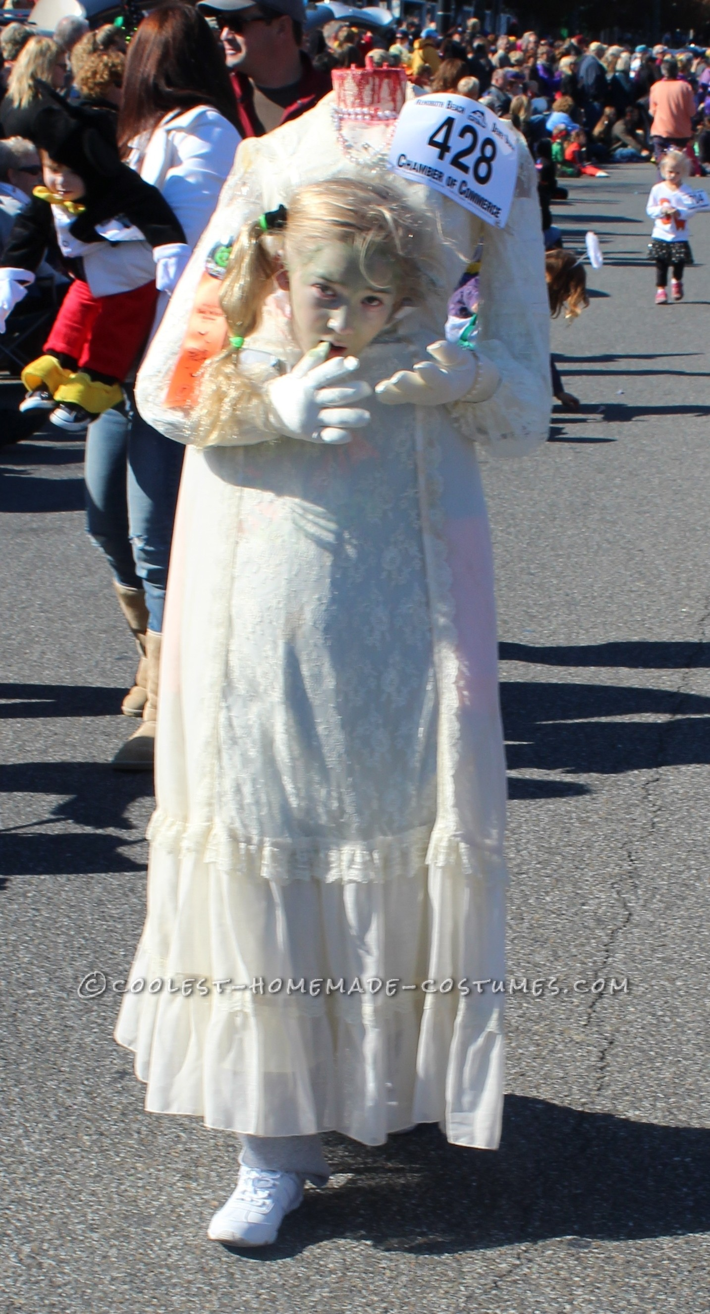 Cool Headless Bride Halloween Costume for a Girl