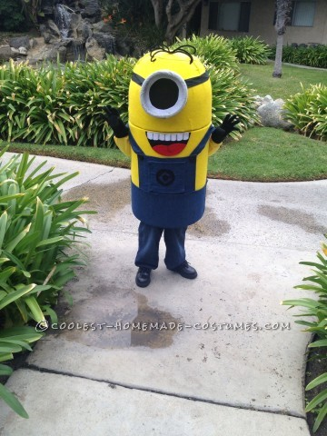 Coolest Handmade Minion Costume