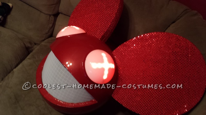 Coolest Home Made Mickey and Minnie Deadmau5 Costume (MickeyMau5) - 5