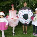 Homemade Family Halloween Costumes That Take the Cake!