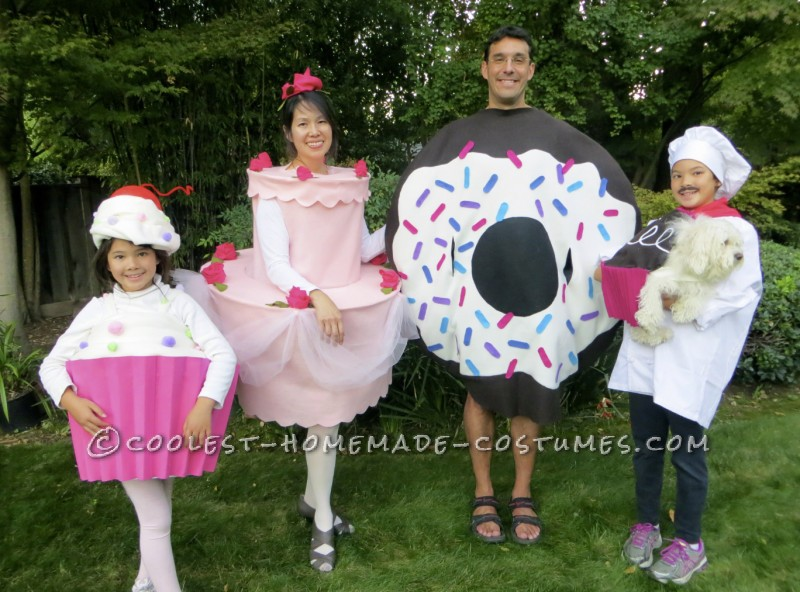 Homemade Family Halloween Costumes That Take the Cake!