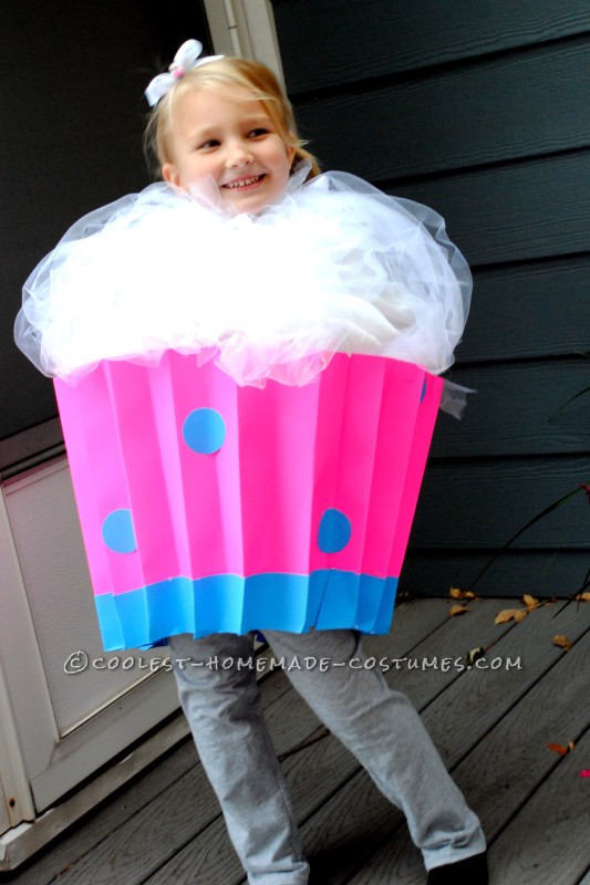 Cute Last-Minute Cupcake Costume