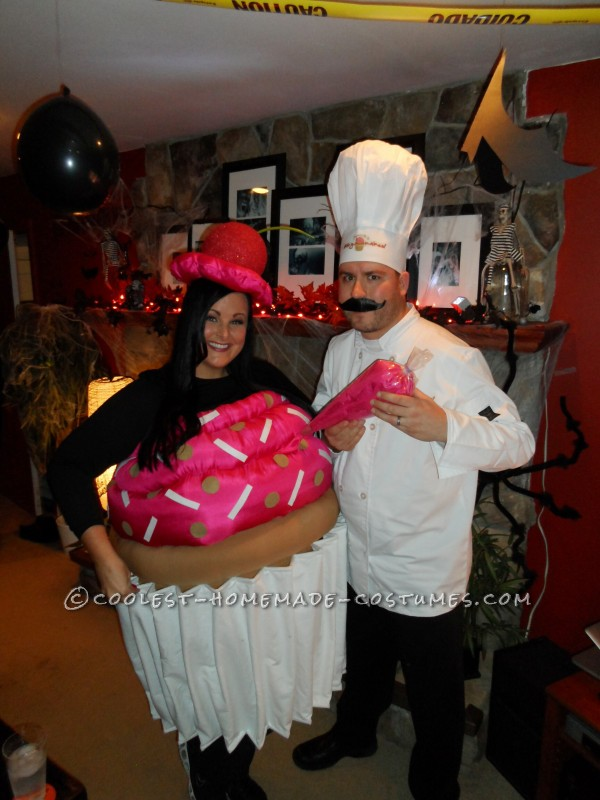Cool Cupcake and Pastry Chef Couple Costume