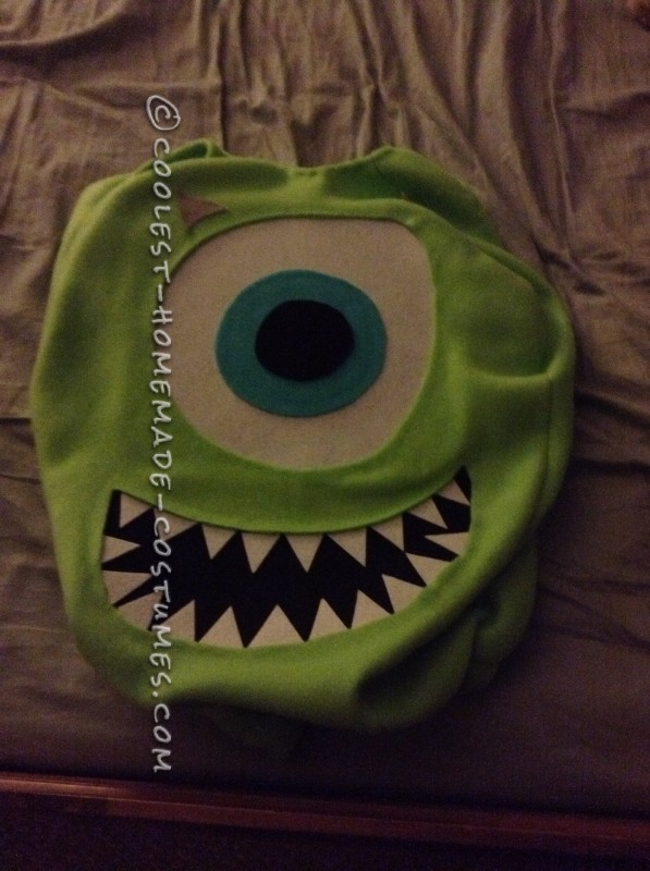 The flat costume before I made the pillow