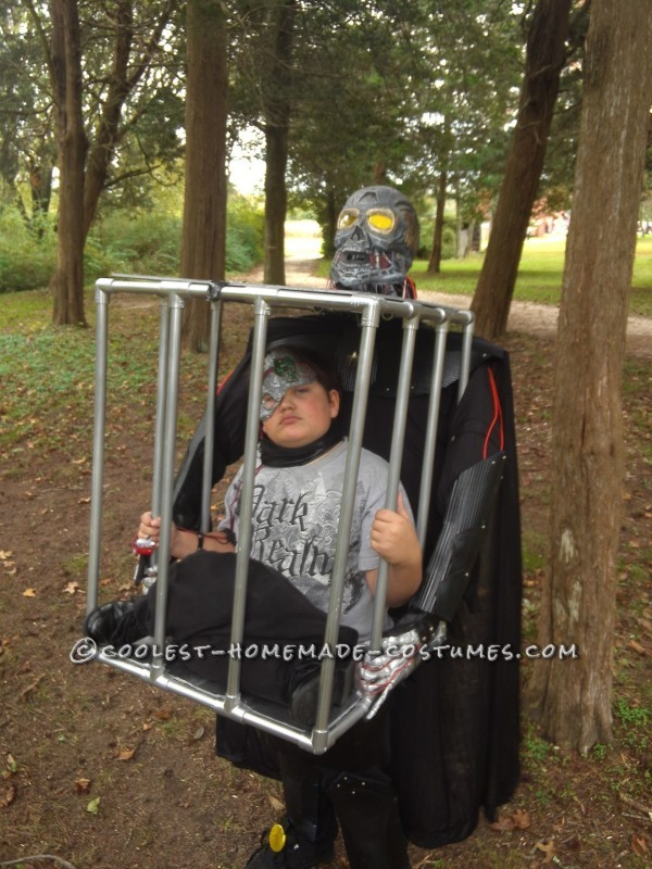 Cool Caged Illusion Costume - 1