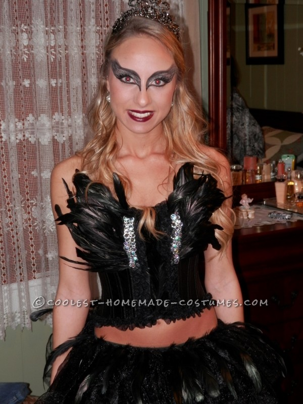 Do-it-Yourself Elegant Black Swan Costume - 1
