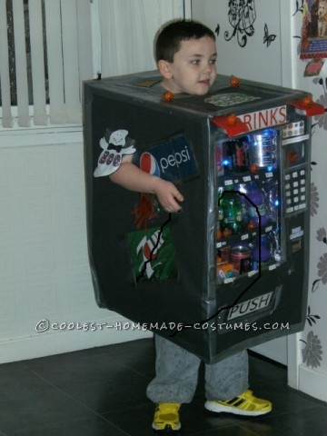 Cool Homemade Cardboard Box Vending Machine Costume