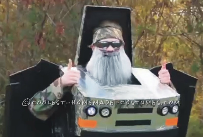 Awesome Duck Dynasty Transforming Truck Costume - 3