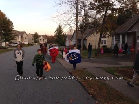 Easy No-Sew DIY Kool-Aid Man Costume - OH YEAH!
