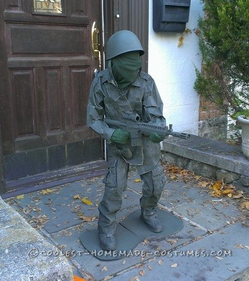 Green Plastic Soldier Halloween Costume - Escapee from a Bucket 'O Soldiers
