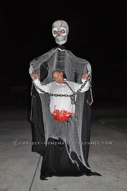 Giant Skeleton Victim Illusion Costume