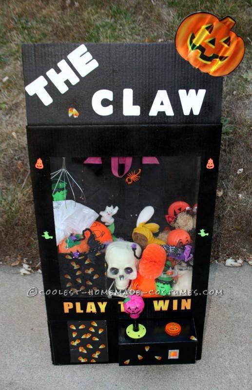 Girl's Halloween Claw Machine Costume - 1