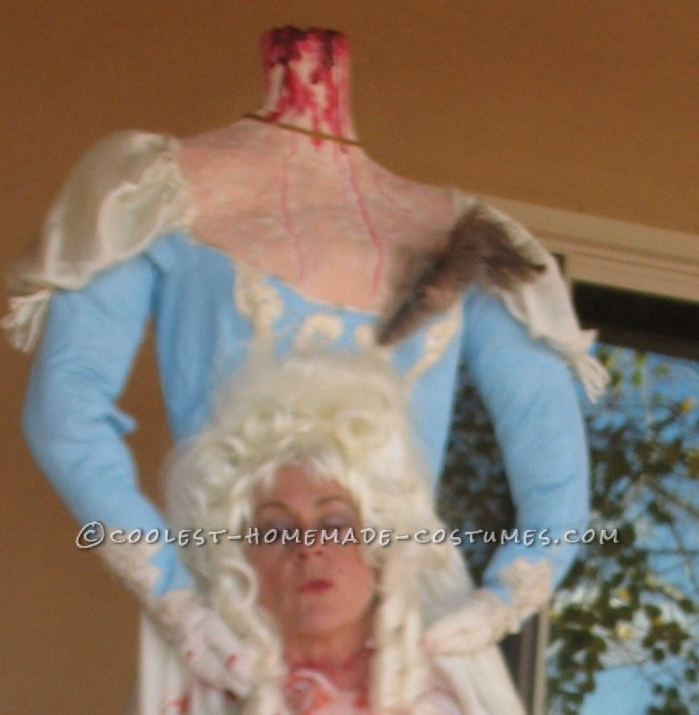 Cool Headless Marie Antionette Costume - 3