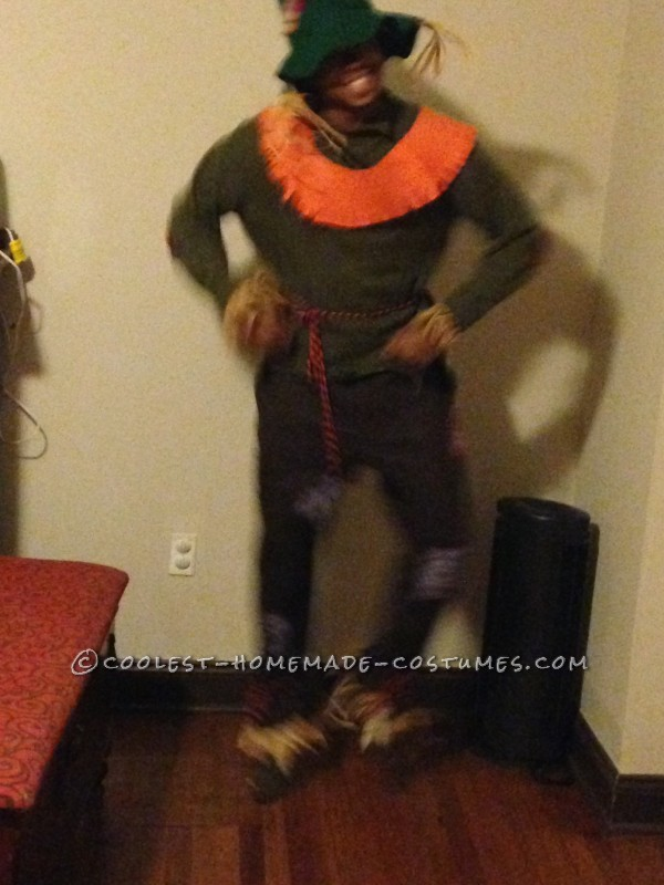 Homemade Scarecrow Family Costumes - 5