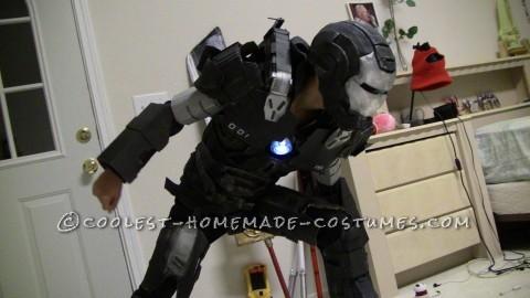 Awesome Iron Man War Machine Costume!