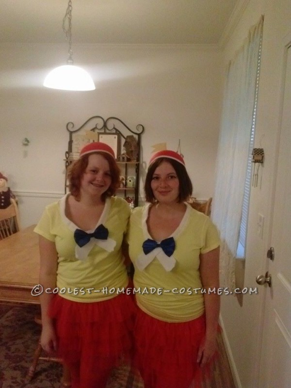 Last-Minute Tweedle Dee and Tweedle Dum Couple Costume : Originally my sister and I weren't planning on dressing up at all this year since we had just moved and free time was very scarce, but as the day got