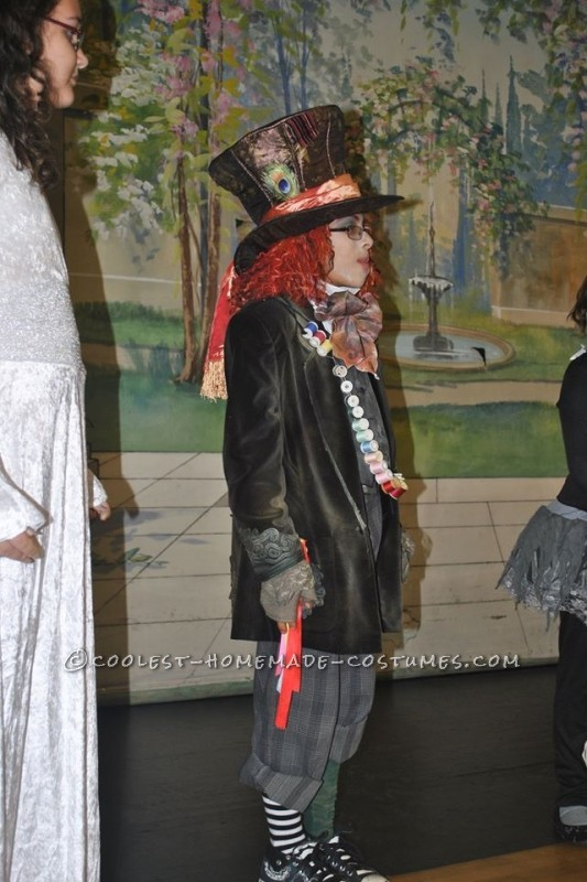 Prize-Winning Mad Hatter Costume for a Boy - 2