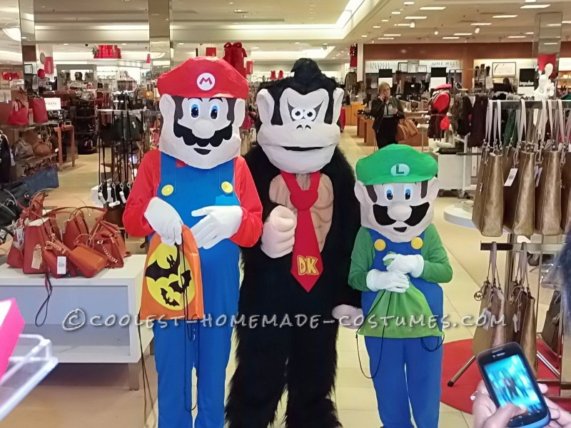 Mario, Luigi, and Donkey Kong Costumes for Kids - 1