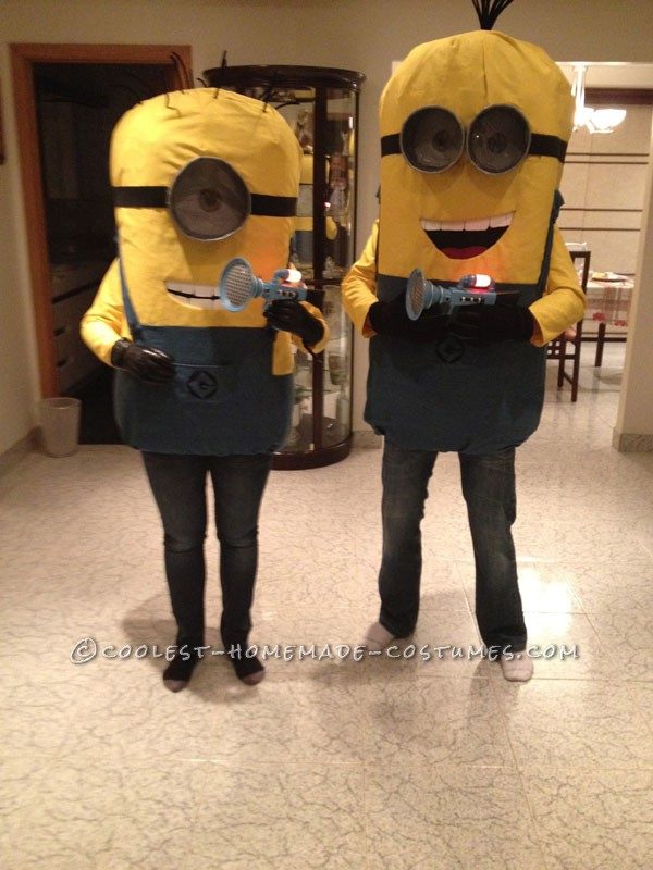 Coolest DIY Minions Despicable Me Couple Halloween Costume - 1