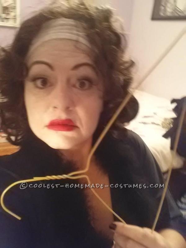 Mommie Dearest Costume (No Wire Hangers Ever!) - 2