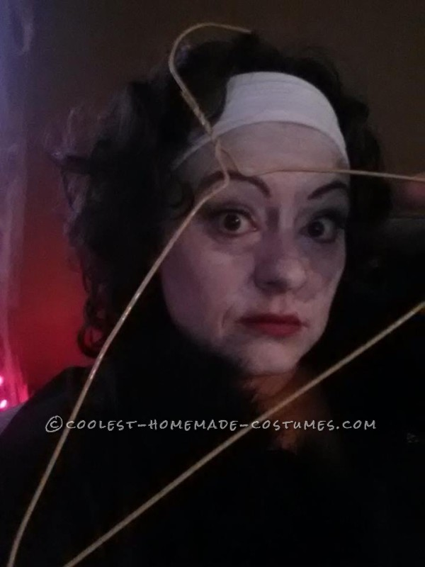 Mommie Dearest Costume (No Wire Hangers Ever!)