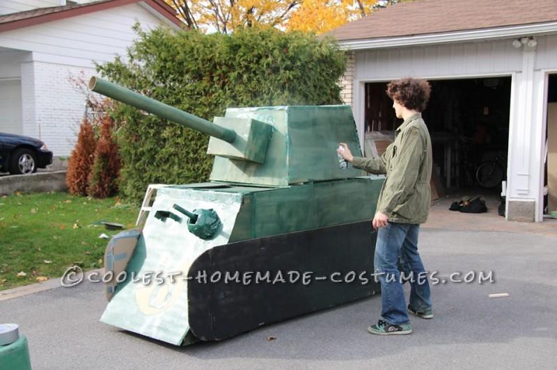 Spray painting the tank