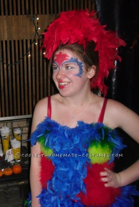 """Parrot Costume Inspired by """"How I Met Your Mother"""" Episode"""
