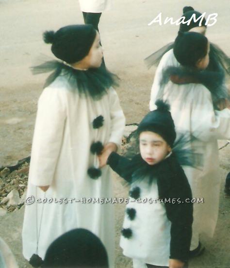 447b1043 DIY Sad Clown (Pierrot) Costumes