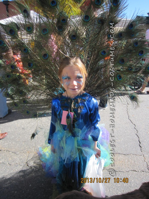 Most AWESOME PEACOCK COSTUME EVER!!!!