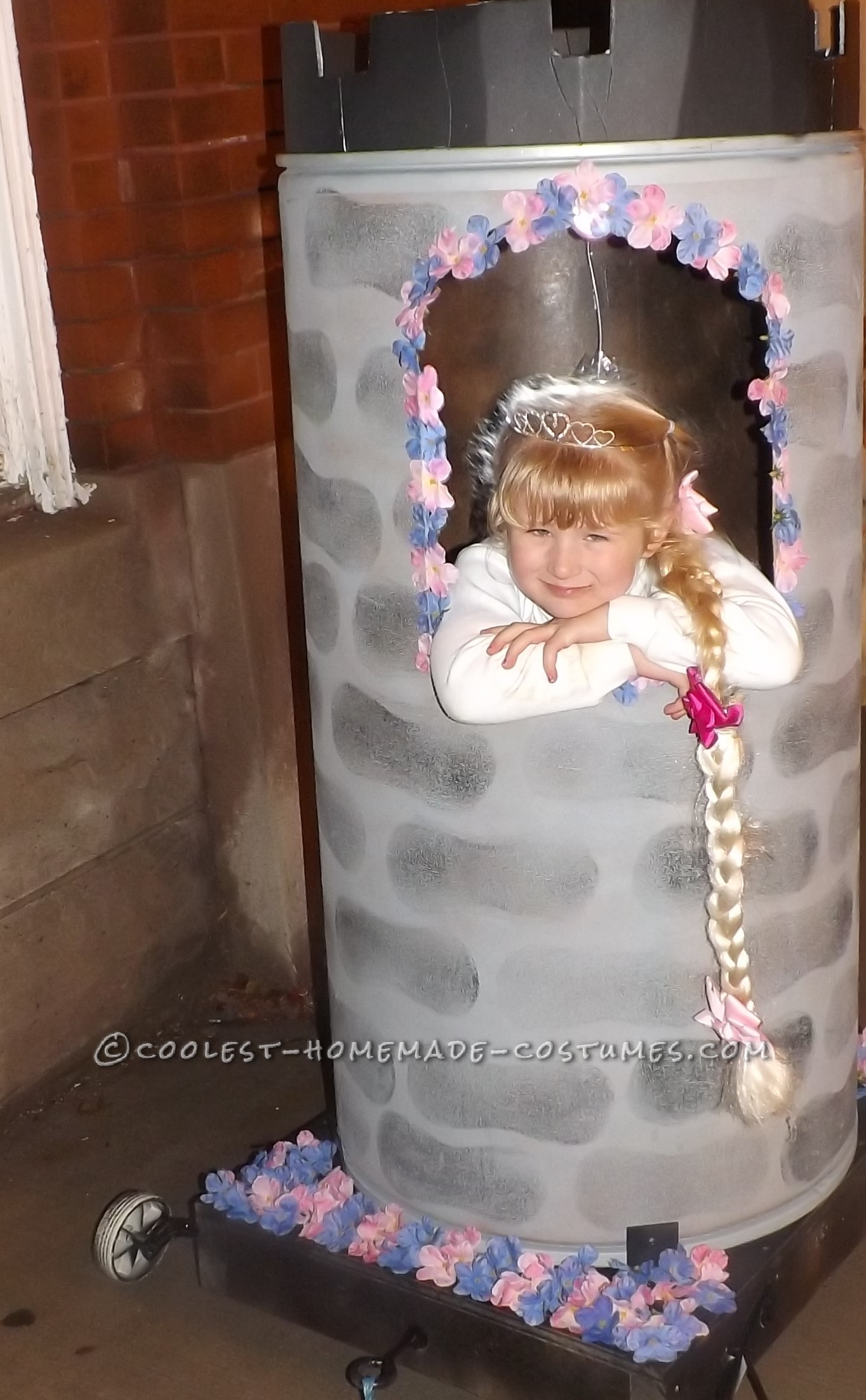 Contest-Winning Rapunzel Halloween Costume for a Girl