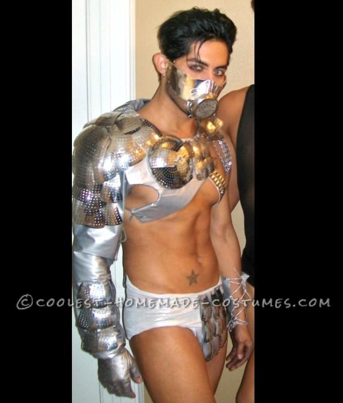 Sexy Metallic Underworld God Costume for a Man - 2