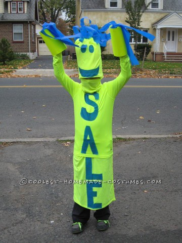 Fun DIY Costume Idea: Sky Dancer Sign