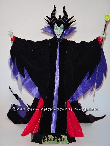 Cool DIY Maleficent Costume for a Man - 9