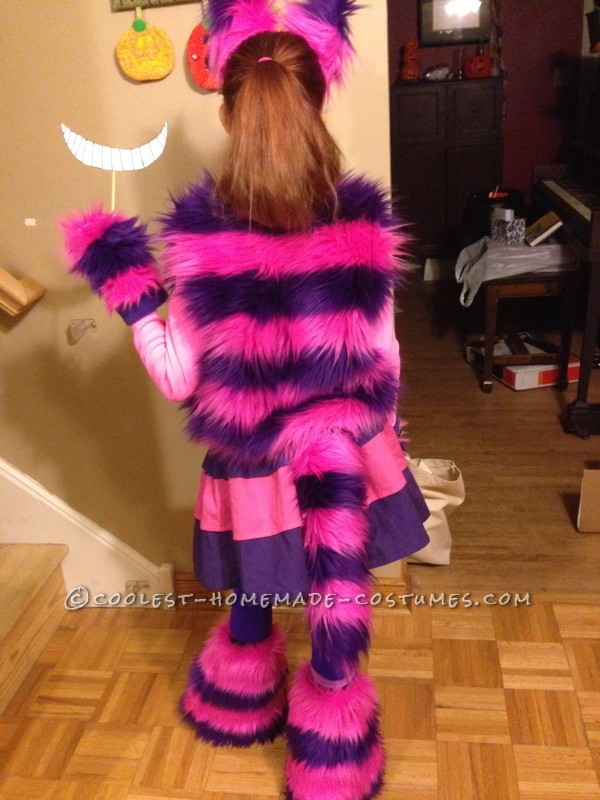 Cool Cheshire Cat Costume for a Hip Girl