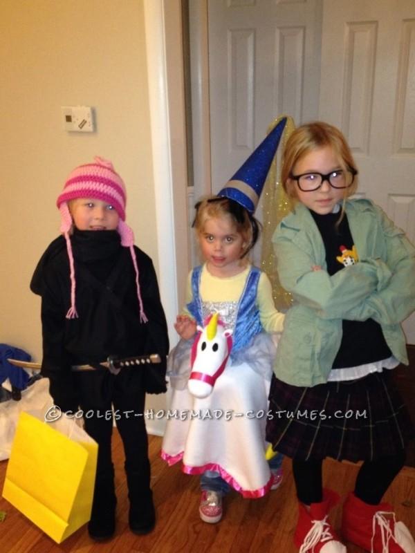 Makenna as Edith, Kiya as Agnes & Madi as Margo