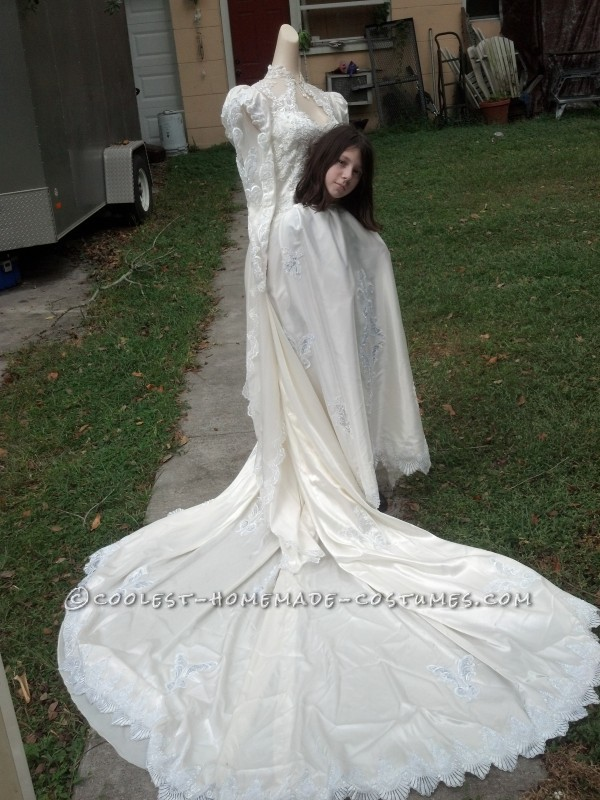 Cool Handmade Headless Bride Costume