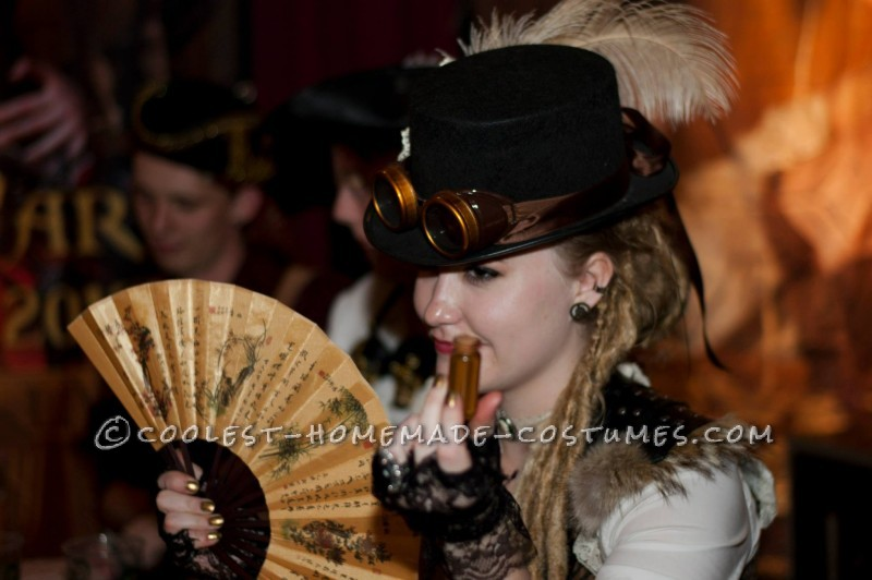 Cool Woman's Steampunk Costume: The Lady Captain of the Ark