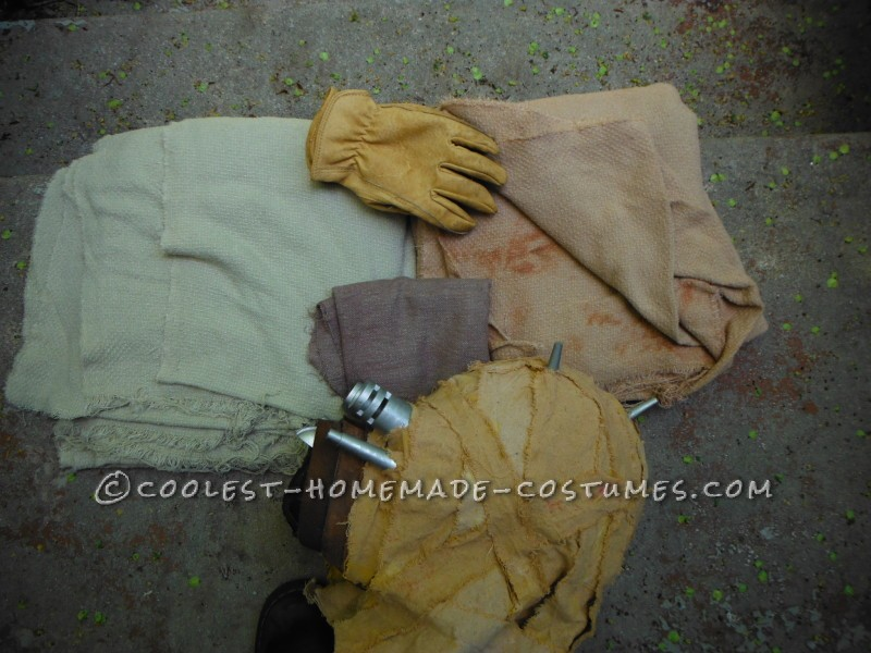 The original display head + my new work gloves + some interestingly textured fabric.