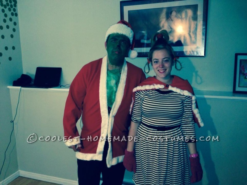 Coolest DIY Cindy Lou Who Halloween Costume - 1