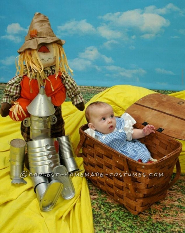 Baby Dorothy Costume from The Wizard of Oz - 1