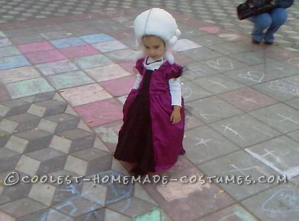 Adorable Homemade Marie Antoinette Costume for a Girl - 3