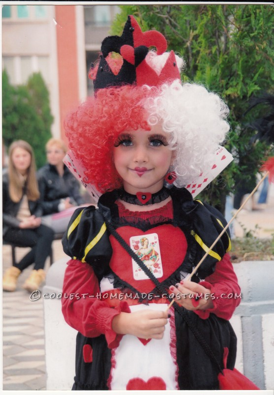Queen of Hearts DIY Costume for a Girl - 6