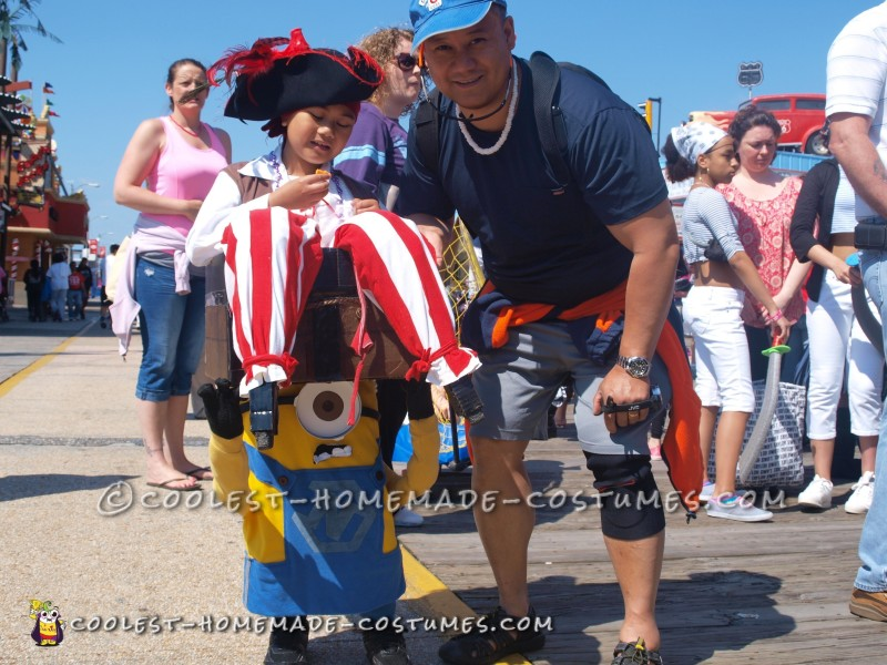 Optical Illusion Costume: A Minion Carrying a Pirate in a Treasure Chest