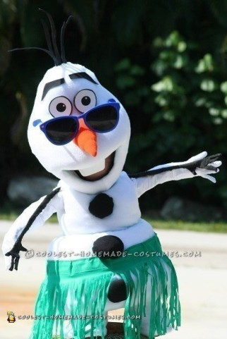 Coolest Frozen Snowmen Olaf and Marshmallow Couple Costumes