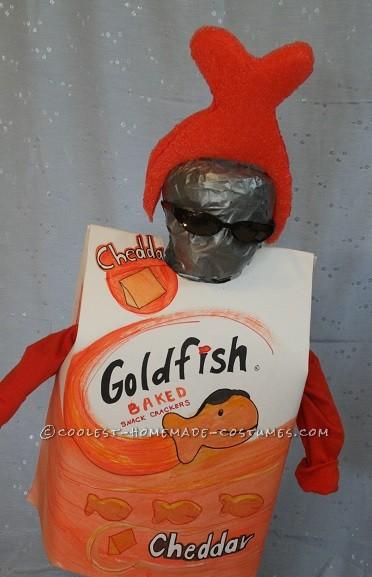Easy Last-Minute Goldfish Crackers Costume - 1