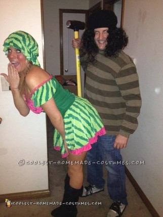 Easy and Hilarious Couples Costume: Gallagher and his Watermelon!