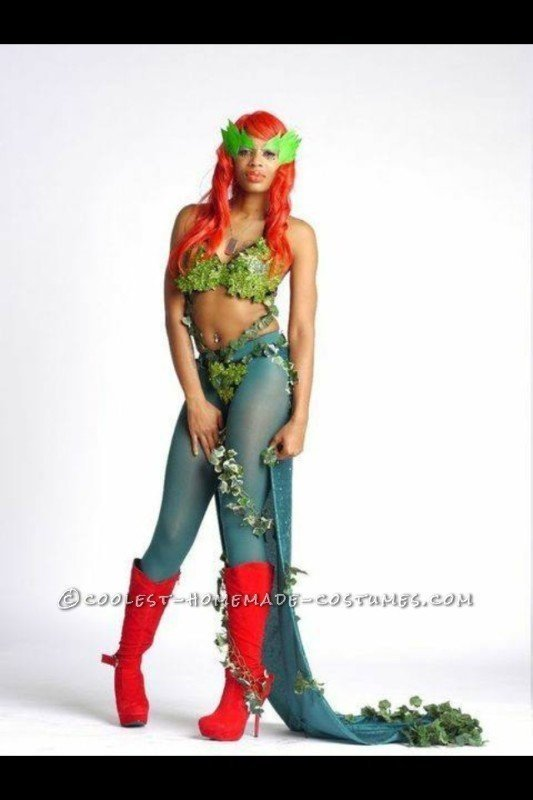 Seductive Poison Ivy Costume