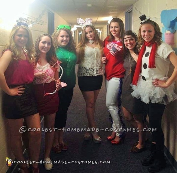 Super-Easy All-Girl Group Holidays Costume