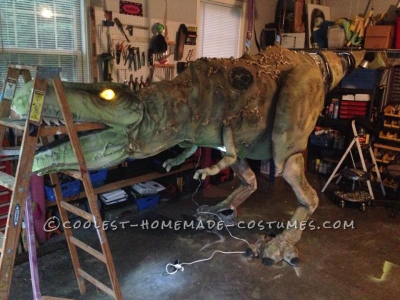 Epic DIY Cyborg T-Rex Costume - 5