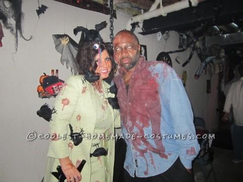 "Creepy Hitchcock ""The Birds"" Attack Costume"